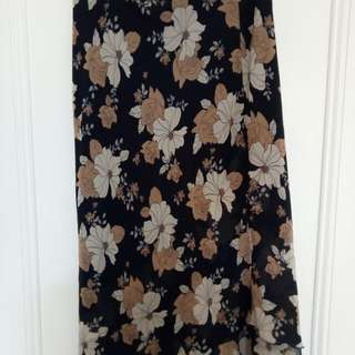 Size 1 Joanna Morgan skirt