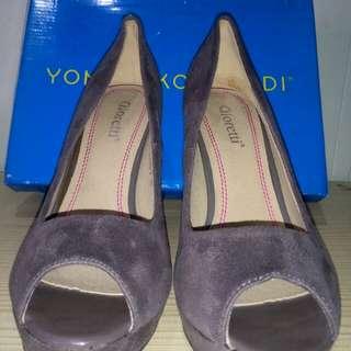 Dijual murah Sepatu Heels Merk Gioretti size 39