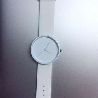 White watch with silicone strap