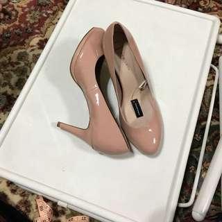 BN high heels