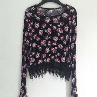 H&M Floral Semi Croptop - Knitted