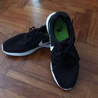 Nike Kaishi Run 1 Casual Shoes US9