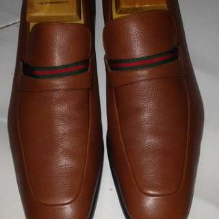 Pantofel guci brown