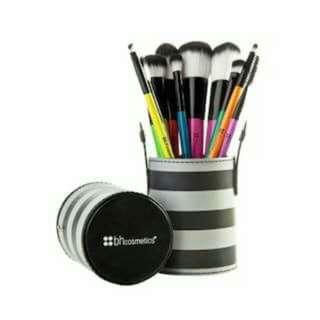 BH Cosmetics Pop Art 10-pc Brush Set