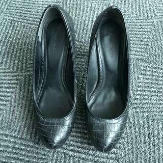 Preloved Sepatu Heels Urban & Co.