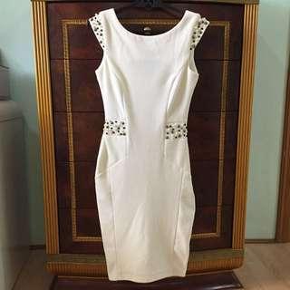 !!REPRICED!!✨ Original Lipsy London Dress