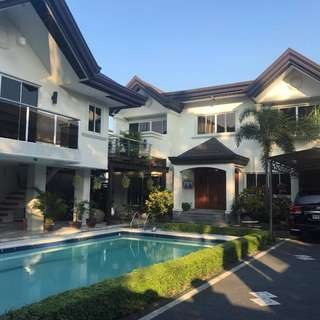 For sale Loyola Grand Villas Quezon City House and Lot Fully Furnished