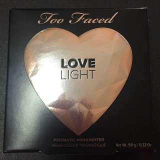 Too faced highlighter