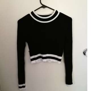 H & M Sweater Crop Top New