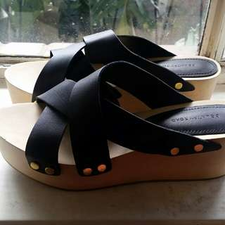 Country road wedge sandals  👡