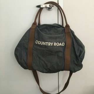 COUNTRY ROAD BAG.