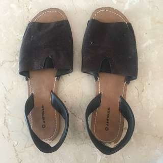 Airwalk Sandals Sz 36 1/2