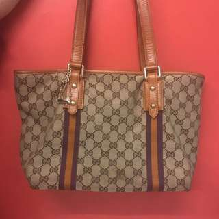 100% Authentic Gucci Tote Bag wit Authentic Gucci Dustbag