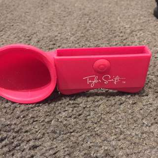 Taylor Swift Speaker