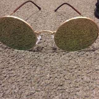 Round Hippy Glasses