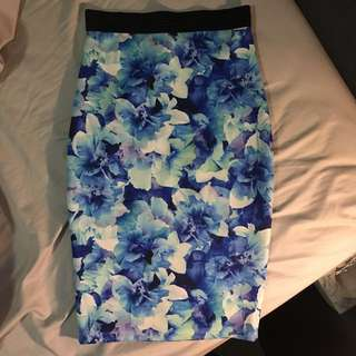 Forever New Blue Floral Pencil Skirt