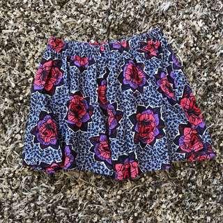 Zara TRF floral skirt size S