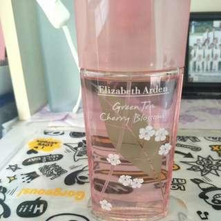 Green tea cherry blossom perfume
