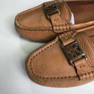 Tory Burch 焦糖色 Logo 樂福鞋 豆豆鞋 US7.5M