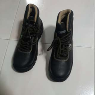 🚚 Safety Shoe