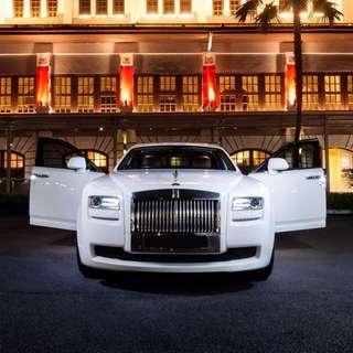 Wedding Car Rental Rolls Royce Pearl White Chauffered limo