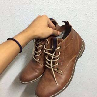 H&M boots, brown