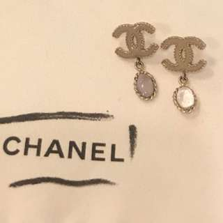 Chanel earrings 香奈兒灰紫色耳環