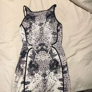 Patterned black and white floral dress