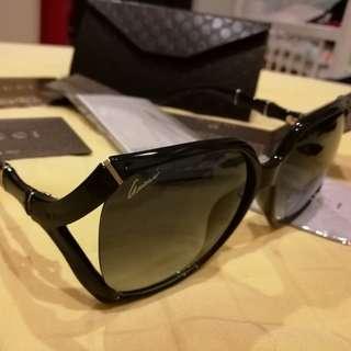👓 Authentic GUCCI sunglasses