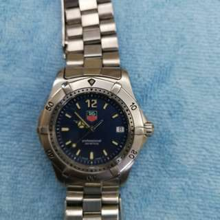 豪華 石英 專業潛水200m 螺絲霸 三針日曆 中裝 表面直徑35mm
