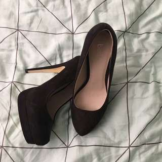 Size 7 Black High Heels