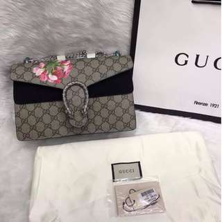 GUCCI Bag/ Authentic>>> PLEASE READ Bio and Product details carefully