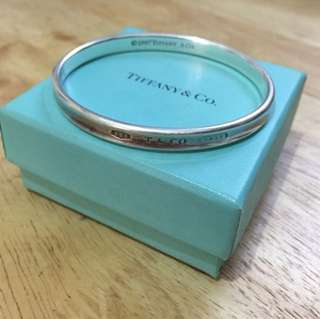 Tiffany and Co. solid bangle