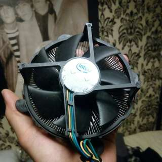 CPU Stock fan Intel LGA1366