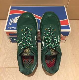 New Balance 綠色運動鞋