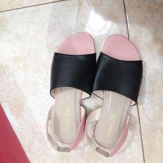 Sandal Slip On