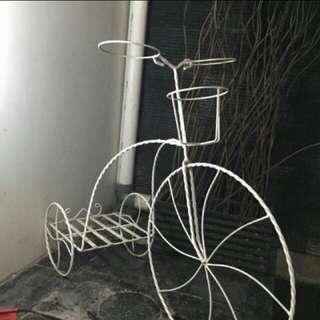 Pot sepeda bunga
