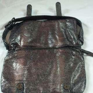Gap shoulder bag