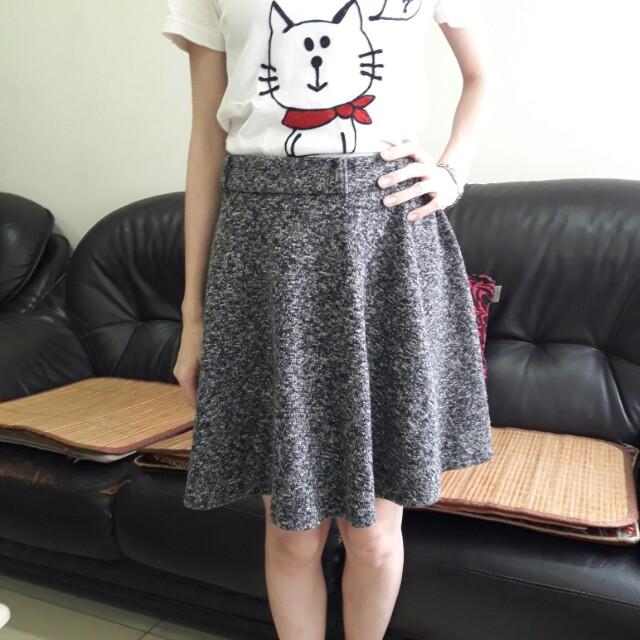 灰色毛呢短裙-太陽裙 A字裙