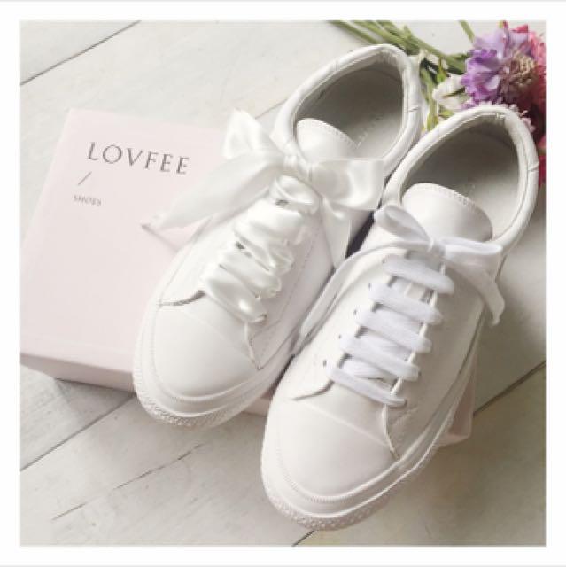 全新 LOVFEE百搭小白鞋