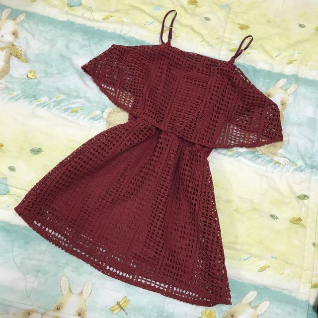 細肩帶紅色洋裝 內可搭T-shirt 有內裡防走光