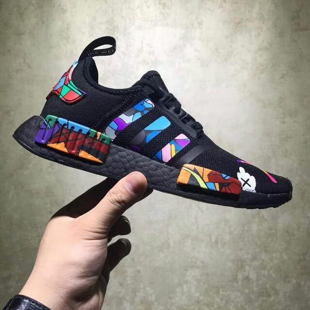 huge selection of 49d2b 4e25f Adidas nmd r1 x kaws