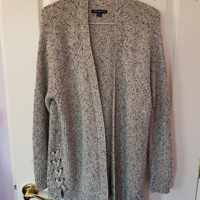 *Price lower* American Eagle Knitted Cardigan