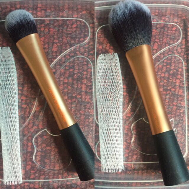 Authentic Real Technique's Make-Up Brushes