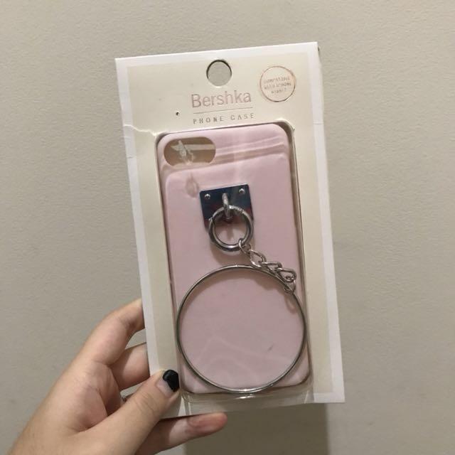 BERSHKA - pink chain case