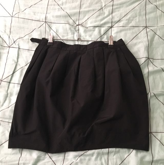 Black Bardot Size 10 Tulip Skirt