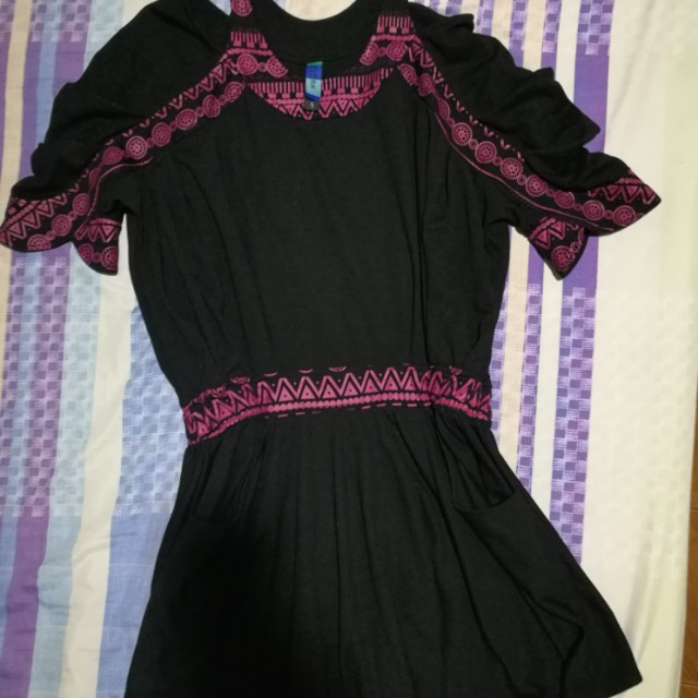 Black cotton off shoulder dress Free shipping within MM