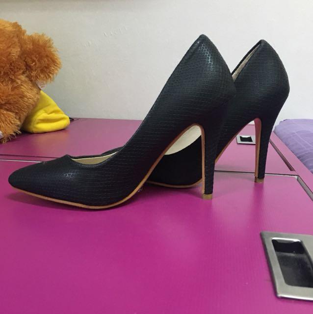 Black OL Heels