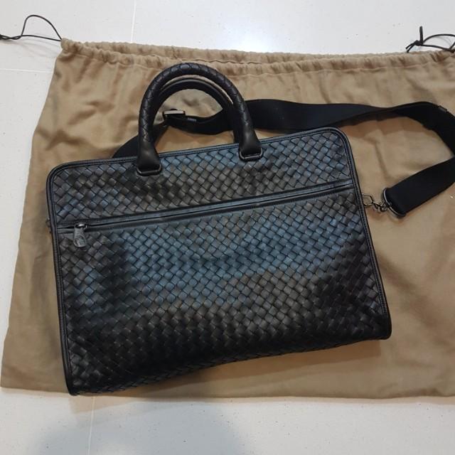 1e30fb9253 Bottega Veneta Nero Intrecciato Calf Leather Briefcase