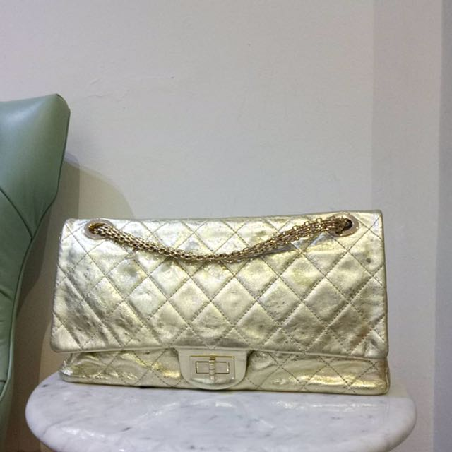 95a934213e900c chanel raissue authentic, Luxury, Bags & Wallets on Carousell